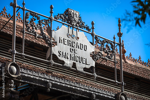 In de dag Madrid Mercado de San Miguel - famous market in Madrid, Spain