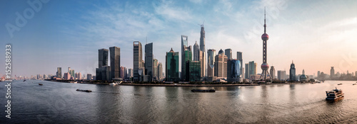 Spoed Foto op Canvas Shanghai Shanghai skyline by day