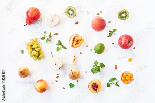 Keuken foto achterwand Vruchten Fresh fruits on white background. Fruit pattern. Flat lay, top view