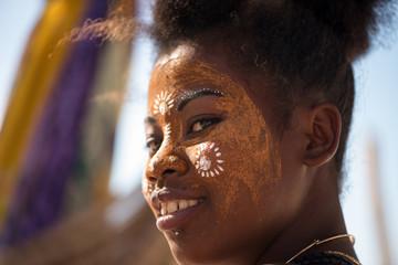 visage maquillé femme malgache