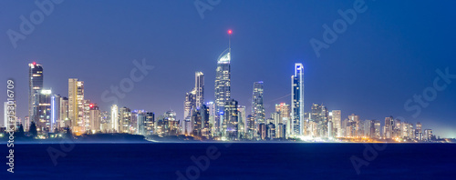 Fotobehang Kust Surfers Paradise Skyline at night, Australia