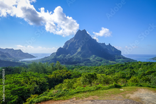 Spoed Foto op Canvas Eiland Aerial view of Opunohu, Cook's Bay and lagoon in Moorea Island