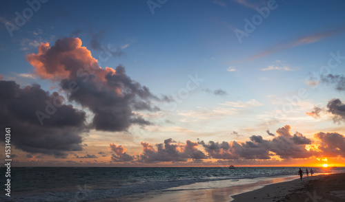 Foto auf AluDibond Karibik Seascape in tropical sunrise. Atlantic Ocean