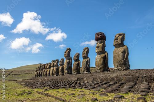 Photo Moai Statues of Ahu Tongariki - Easter Island, Chile