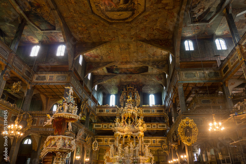 In de dag Theater Rich in gold, sculptures and paintings, Baroque interiors of the Protestant church in Swidnica. It is one of the so-called peace churches inscribed on the UNESCO World Heritage List.