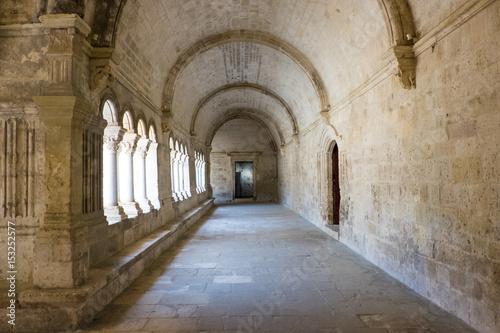 Spoed Foto op Canvas Oude gebouw France, Arles, Abbey of Saint Peter of Montmajour, Benedictine order, established in 949 AD. Cloister area.