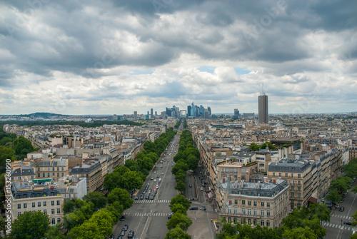 Papiers peints Paris View towards Grande Arche de la Defense Paris
