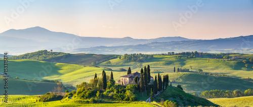 Aluminium Prints Tuscany Beautiful spring landscape in Tuscany, Italy