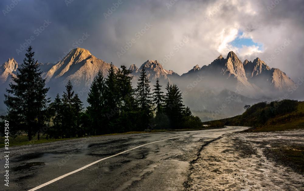 Fototapety, obrazy: road to High Tatra Mountain Ridge in stormy weather