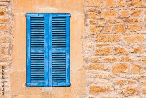 Haus Mediterran Holz Fenster Blau Fensterladen Stein Mauer Buy