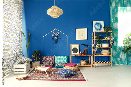 Postcolonial interior with colorful pillows Canvas-taulu