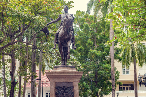 Statue of the state founder Simon Bolivar in Bolivar Park Plaza in Cartagena de Wallpaper Mural