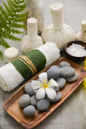 Spoed Foto op Canvas Spa Composition of bath spa treatment on gray background