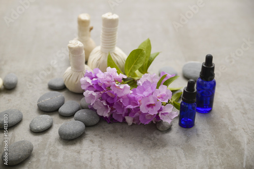 Foto op Canvas Spa Tropical spa treatment on gray background