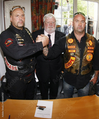 Lawyer von Fromberg watches as Maczollek of MC Bandidos and