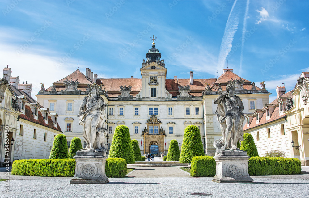 Fototapety, obrazy: Valtice contains one of the most impressive baroque residences of central Europe