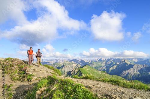 Fototapeta Wandern am Nebelhorn im Allgäu obraz na płótnie