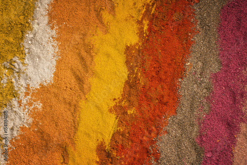 Photo  Traditional Indian and Persian spices as close-up