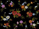 Wyhaftuj kolorowy kwiatowy wzór z psimi różami i zapomnij o mnie nie kwiaty. Wektor tradycyjny ornament moda ludowa na czarnym tle bez szwu. - 155060173