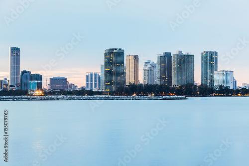 Fotografía  View of metropolitan George Town city, Penang