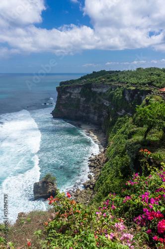 uluwatu-cliff-bali-indonezja