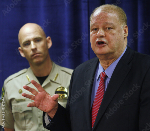 Arizona Attorney General Horne speaks about weapons and