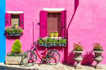 Fototapeta na wymiar Colorful houses in Burano island near Venice, Italy