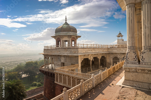 Poster Vestingwerk Agra fort view of Musamman Burj dome. Agra fort is a UNESCO world heritage site and a classic example of Mughal architecture in India.