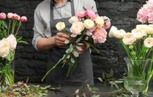 Male Florist Creating Beautifu...