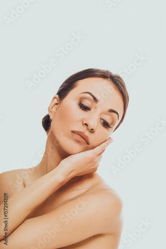 Fototapeta Spa woman touching her chin obraz na płótnie