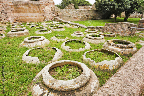 Foto op Aluminium Rudnes Jars in the ancient Roman archaeological site of Ostia Antica - Rome - Italy
