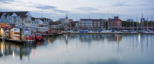 Obraz na plátně Southampton's Town Quay marina and ferry terminal at dusk