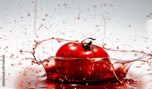 Foto op Canvas In het ijs red fruits and splash