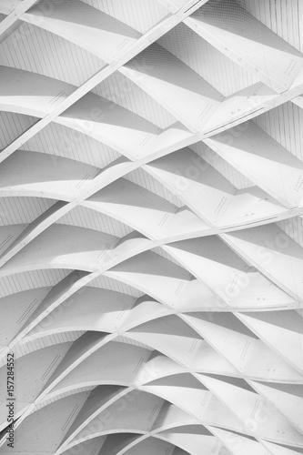 czarno-biale-studium-wzorow-i-linii