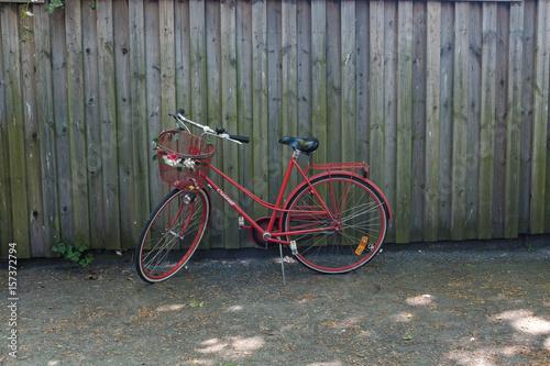 Foto op Plexiglas Fiets red bike