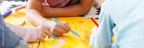 Cuadros en Lienzo  Kids drawing pictures