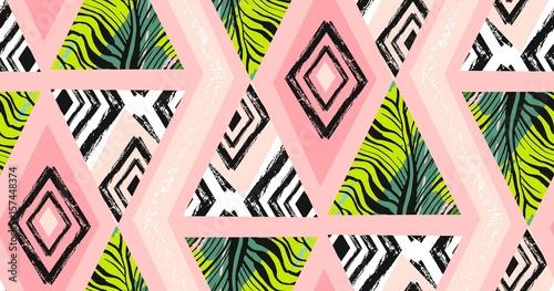 Stoffe zum Nähen Hand gezeichnete Vektor abstrakt Freihand texturiert tropischen Musterdesign Collage mit Zebra-Motiv, organischen Texturen, Dreiecke auf Pastell Hintergrund isoliert. Hochzeit, sparen Sie, Datum, Geburtstag, Mode-Dekor