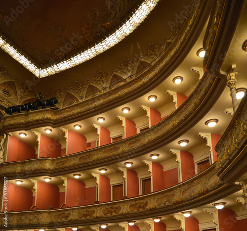 Papiers peints Opera, Theatre Upper circles for spectators in auditorium