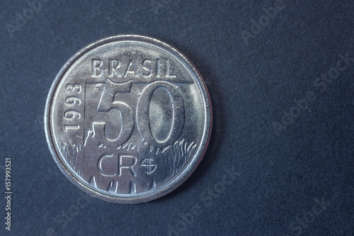 Fotografia  Fifty cruzeiros reais 1993 Brazil tail coin, vintage old, difficult and rare to find
