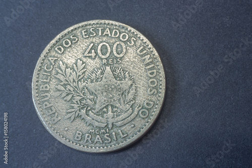 Fotografia  Brazil four hundred Reis 1901, Liberty tail coin, vintage old, difficult and rare to find