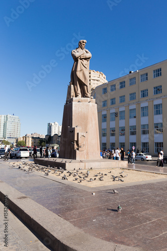 Photo  The monument of the poet Jafar Jabbarli Statue