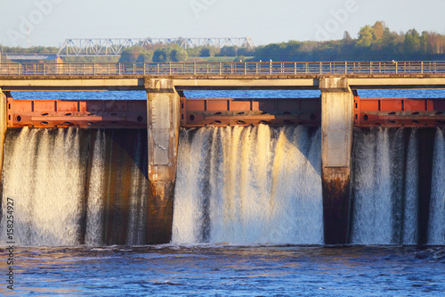 Tuinposter Dam Dam of hydroelectric power.
