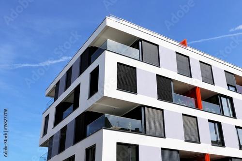 Fototapeta Haus mit moderner Fassade obraz