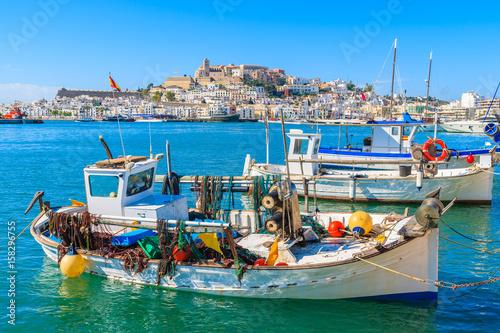 Canvas-taulu Fishing boats in Ibiza (Eivissa) port on Ibiza island, Spain