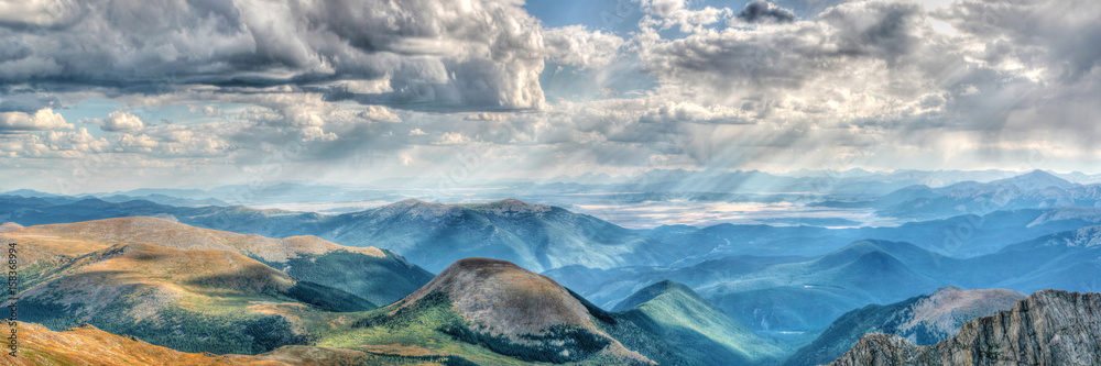 Fototapety, obrazy: Mount Evans in Colorado on a clear day with gathering clouds