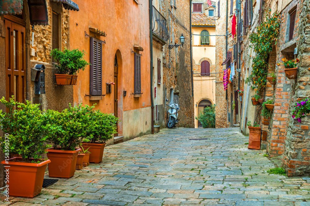 Fototapety, obrazy: Beautiful alley in Tuscany, Old town, Italy