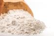 Offene Packung Weizenmehl zum Backen und Kochen