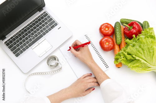 Fotografia  Vegetable diet nutrition or medicaments concept