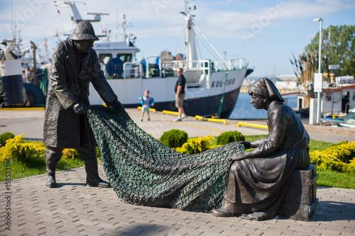Fototapeta Pomnik rybaków w Kołobrzegu obraz