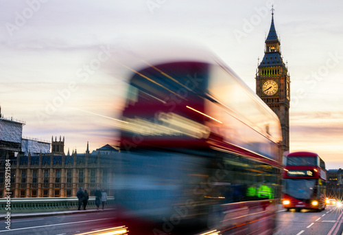 Fotografie, Tablou  The Big Ben, House of Parliament and double-decker bus blurred in motion, London